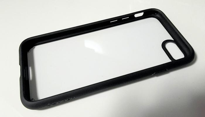 iPhone8 耐衝撃ケース MIL規格 spigen