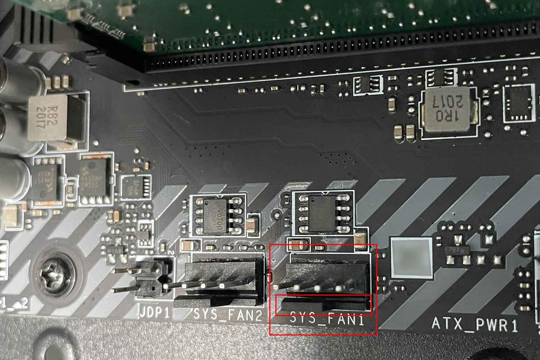 フロントパネルパーツ 配線 SYS_FAN1端子 切り欠き