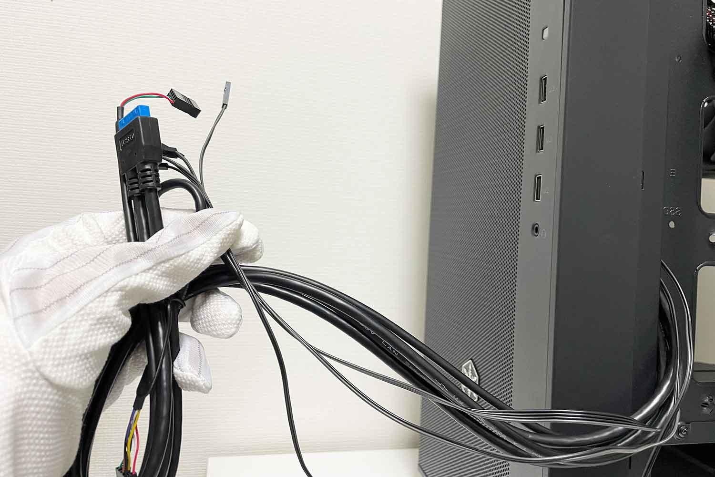 フロントパネルパーツ 配線 ケーブル写真