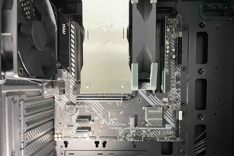 マザーボード PCケース 取付位置の確認