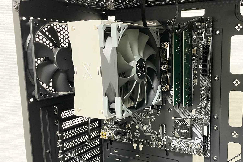 初めての自作PC 組立手順10「PCケースにMicroATXマザ―ボードを取付」