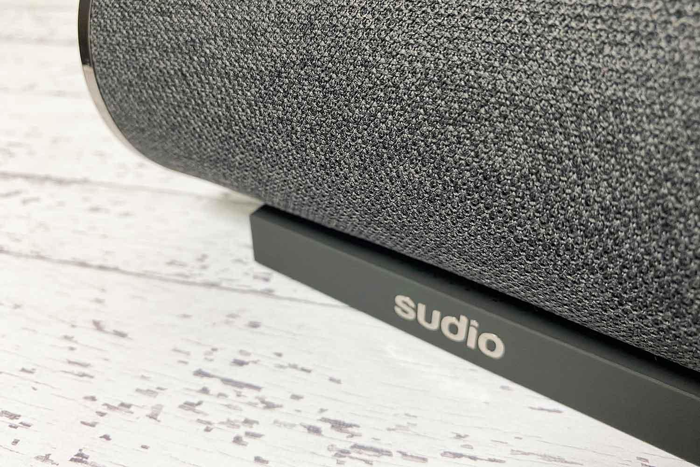 sudio femtio Bluetoothスピーカー デザイン