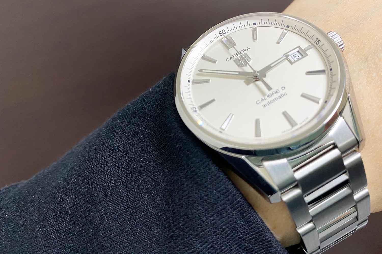 初めての機械式時計にタグホイヤー人気モデル「カレラ キャリバー5」を買った感想